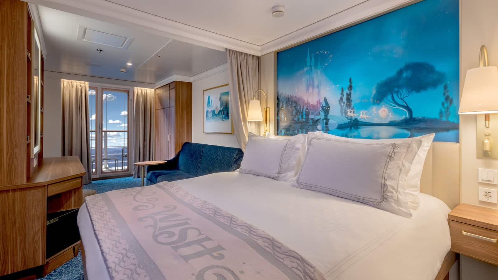Deluxe Family Oceanview Staterooms with Verandah