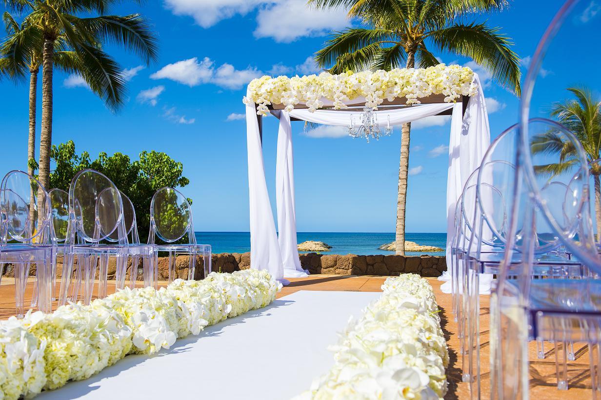 Hawaii weddings disneys fairy tale weddingshawaii weddings hawaii weddings junglespirit Gallery