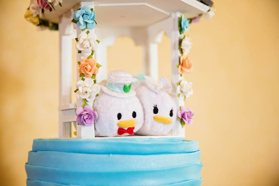 Wedding Cake Wednesday: Disney Tsum Tsums | Disney Weddings| Disney ...