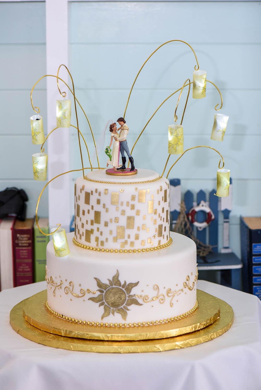 Wedding Cake Wednesday: Tangled In Love