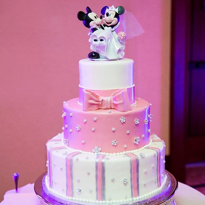 Wedding Cake Wednesday: Pretty In Pink at Aulani   Disney Weddings