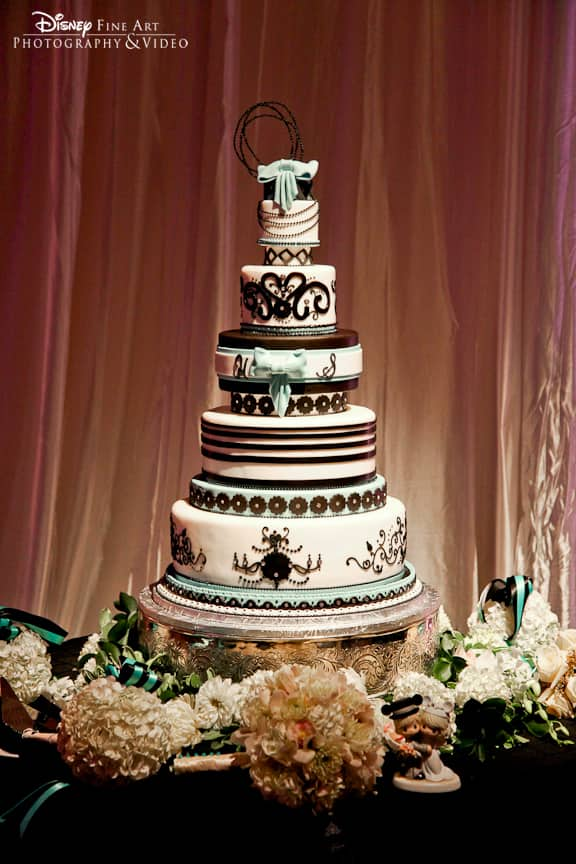 wedding cake wednesday brown turquoise art deco disney weddings. Black Bedroom Furniture Sets. Home Design Ideas