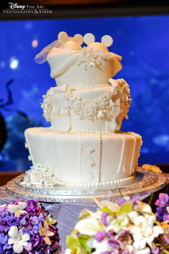 Wedding Cake Wednesday: All White Mickey Ears | Disney Weddings ...
