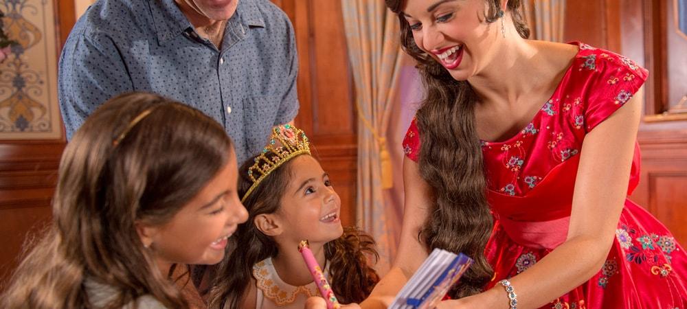 Meet princess elena of avalor paradise pier attractions disney meet princess elena of avalor m4hsunfo