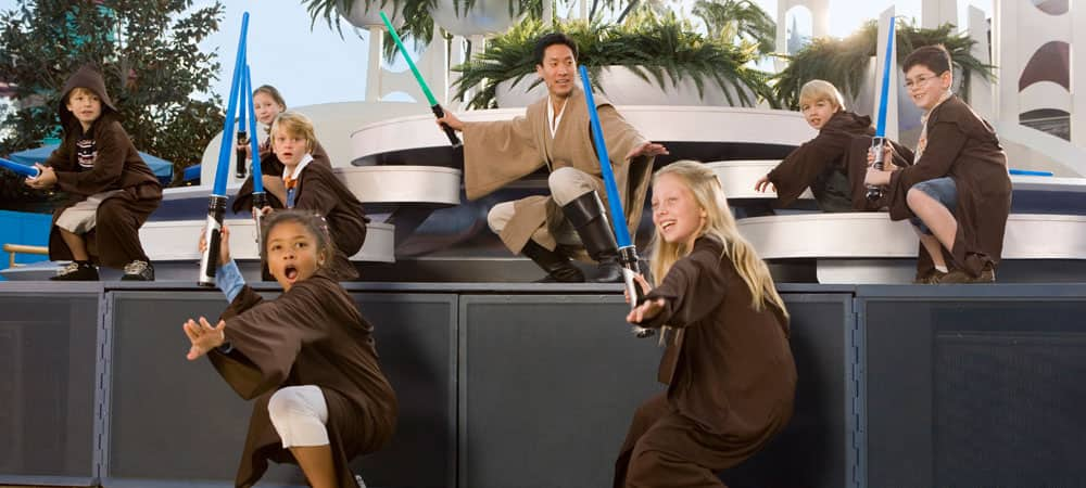 Young Jedi at Jedi Training: Trials of the Temple