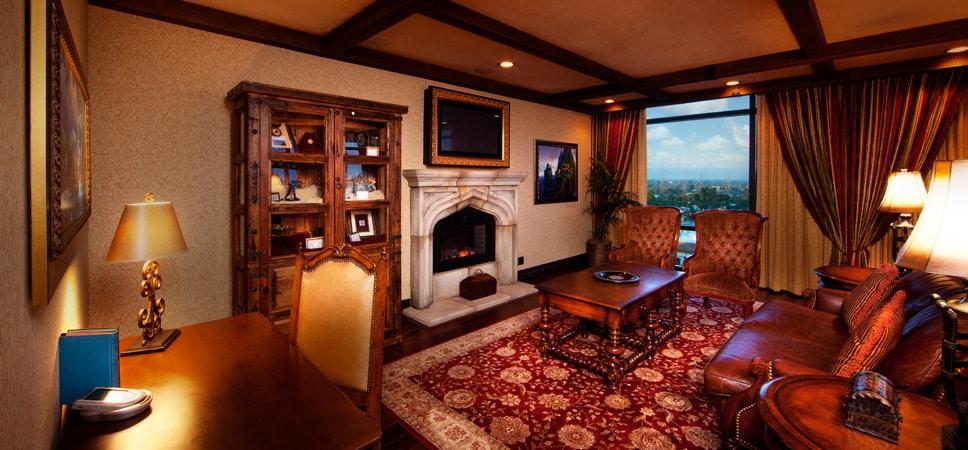 La sala de estar de la suite