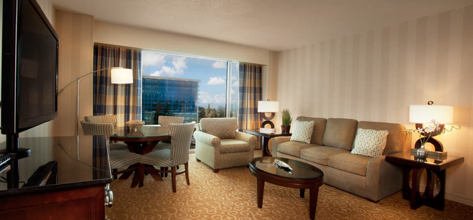 How Can You Compare Disney Good Neighbor Hotel Rooms