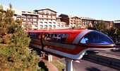 El monorriel del Disneyland Resort ofrece conveniente transporte