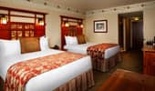 2-queen size beds in a Mount Whitney Suite bedroom