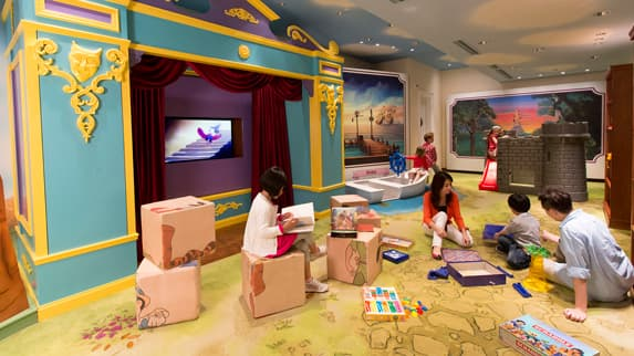Children And Pas Playing In The Kids Play Area At Disney S Hollywood Hotel