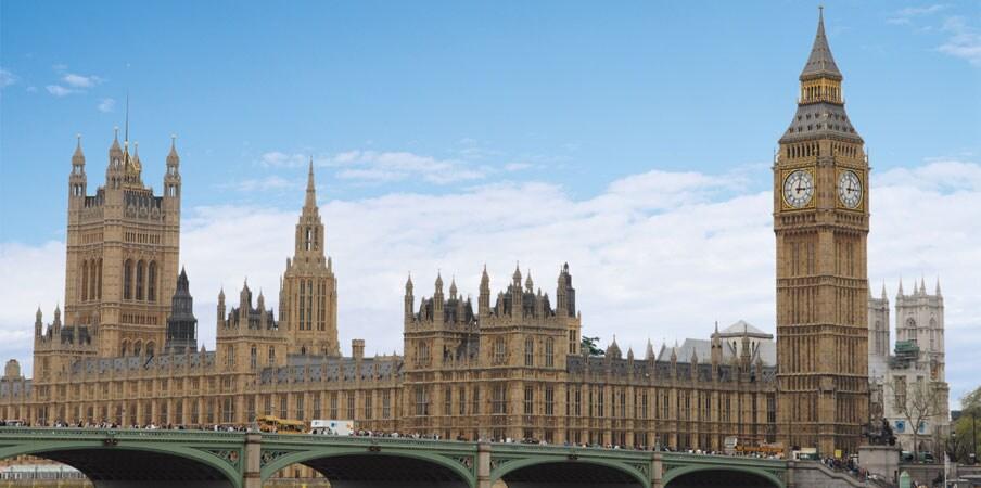Westminster Palace & Big Ben clocktower in London, England