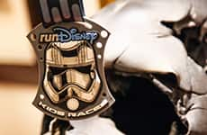 runDisney Kids Races medallion for Star Wars Half Marathon – The Dark Side race weekend.