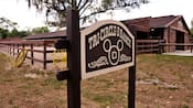 Enseigne en bois du Tri-Circle-D Ranch