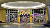 La tienda Everything Pop y la feria de comida en Disney's Pop Century Resort