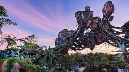 A glimpse of the floating mountains at Pandora, The World of Avatar