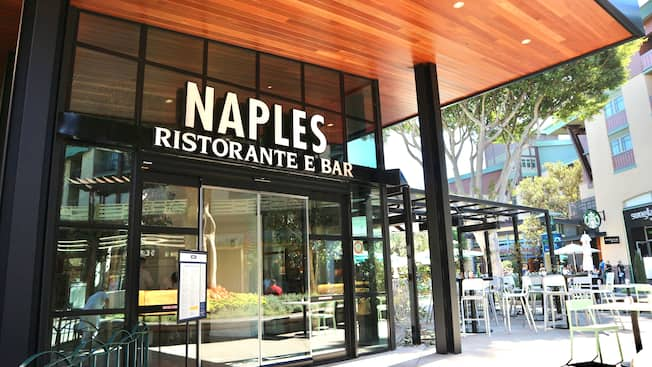 The Modern Style Entrance To Naples Ristorante E Bar With Outdoor Seating Downtown Disney District