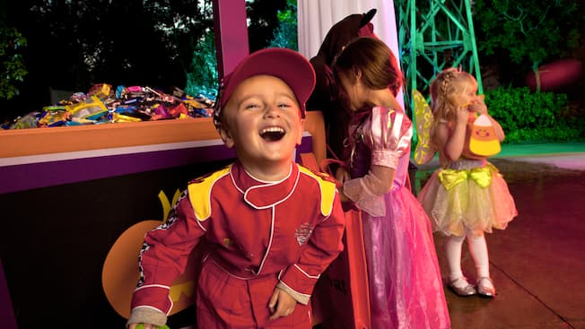 trick or treating at mickeys halloween party