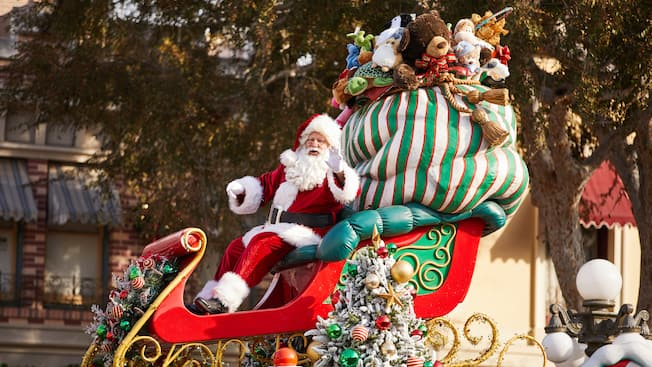 Christmas Fantasy Parade at the Holidays at Disneyland Resort