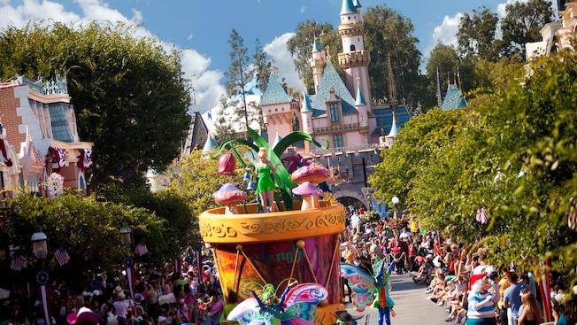 parades at disneyland california adventure disneyland resort
