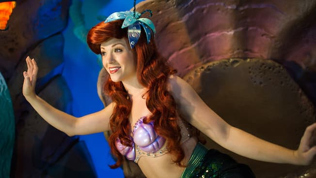 meet ariel at her grotto in fantasyland walt disney world resort. Black Bedroom Furniture Sets. Home Design Ideas