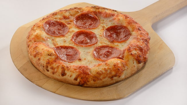 Pizza au pepperoni en portion individuelle