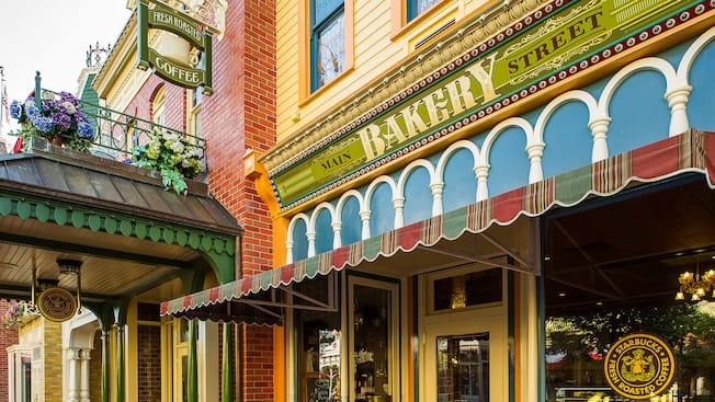 Main Street Bakery Featuring Starbucks Coffee Walt Disney World Resort