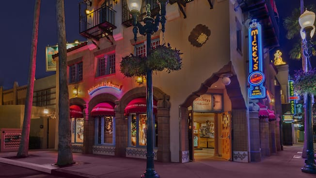 Exterior of the Mickey's of Hollywood shop at Disney's Hollywood Studios