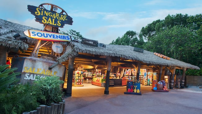 Tienda de souvenires y artículos diversos Singapore Sals en el parque acuático Disney's Typhoon Lagoon