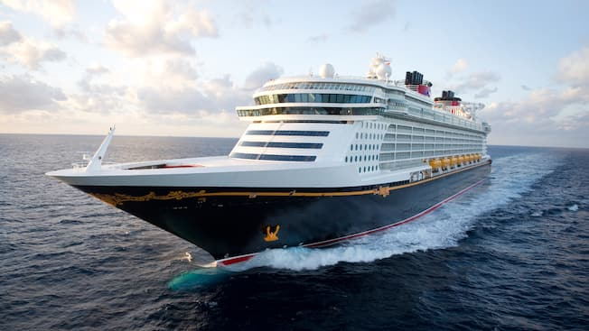 The Disney Dream ocean liner sailing the open seas