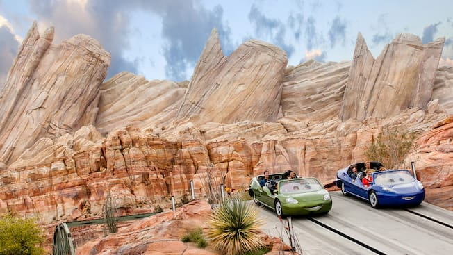Radiator Springs Racers Rides Amp Attractions Disney