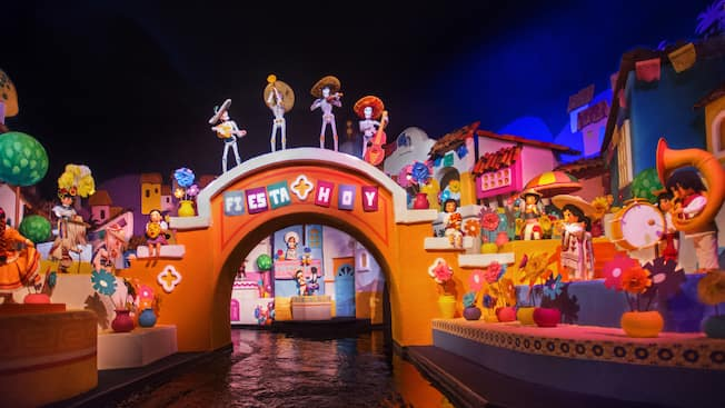 Jun 25, · Travel Dates: January 4 – June 24, Walt Disney World has introduced a new Florida resident 3 and day passes, entitled the Discover Disney Ticket. For $ per person plus tax, you get a 3-day basic park pass to use at the four Disney theme parks.