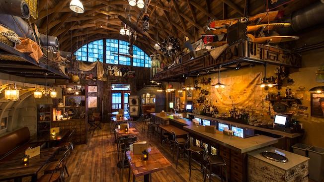 Jock Lindsey S Hangar Bar Walt Disney World Resort