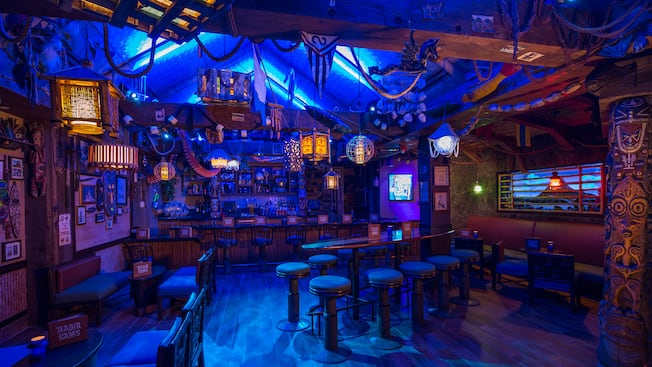 Trader Sam S Grog Grotto And Tiki Bar Walt Disney World