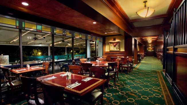 The Turf Club Bar Amp Grill Walt Disney World Resort