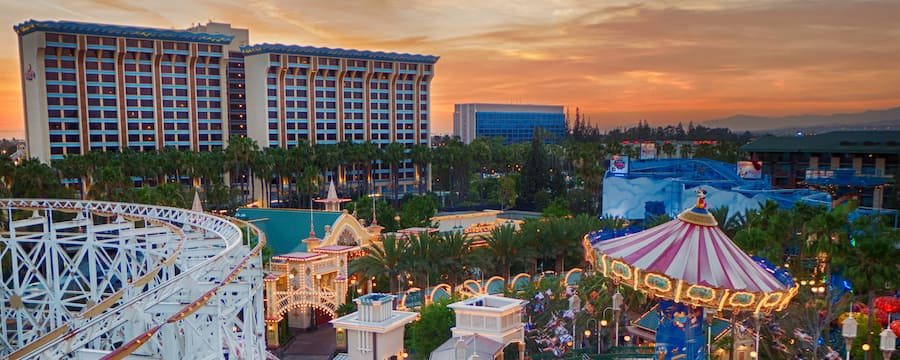 Experience The Disneyland Resort Hotel Difference With Benefits That Include Close Proximity To Parks Extra Magic Adventure And More