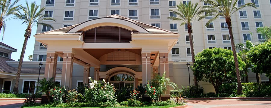 Palm trees accent the outside of the Holiday Inn Anaheim Resort Area